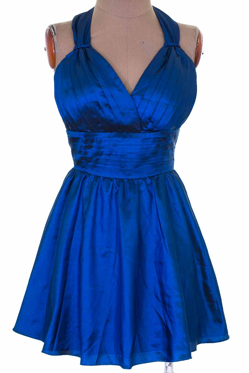 Vestido / Enterizo color Azul - Closeando
