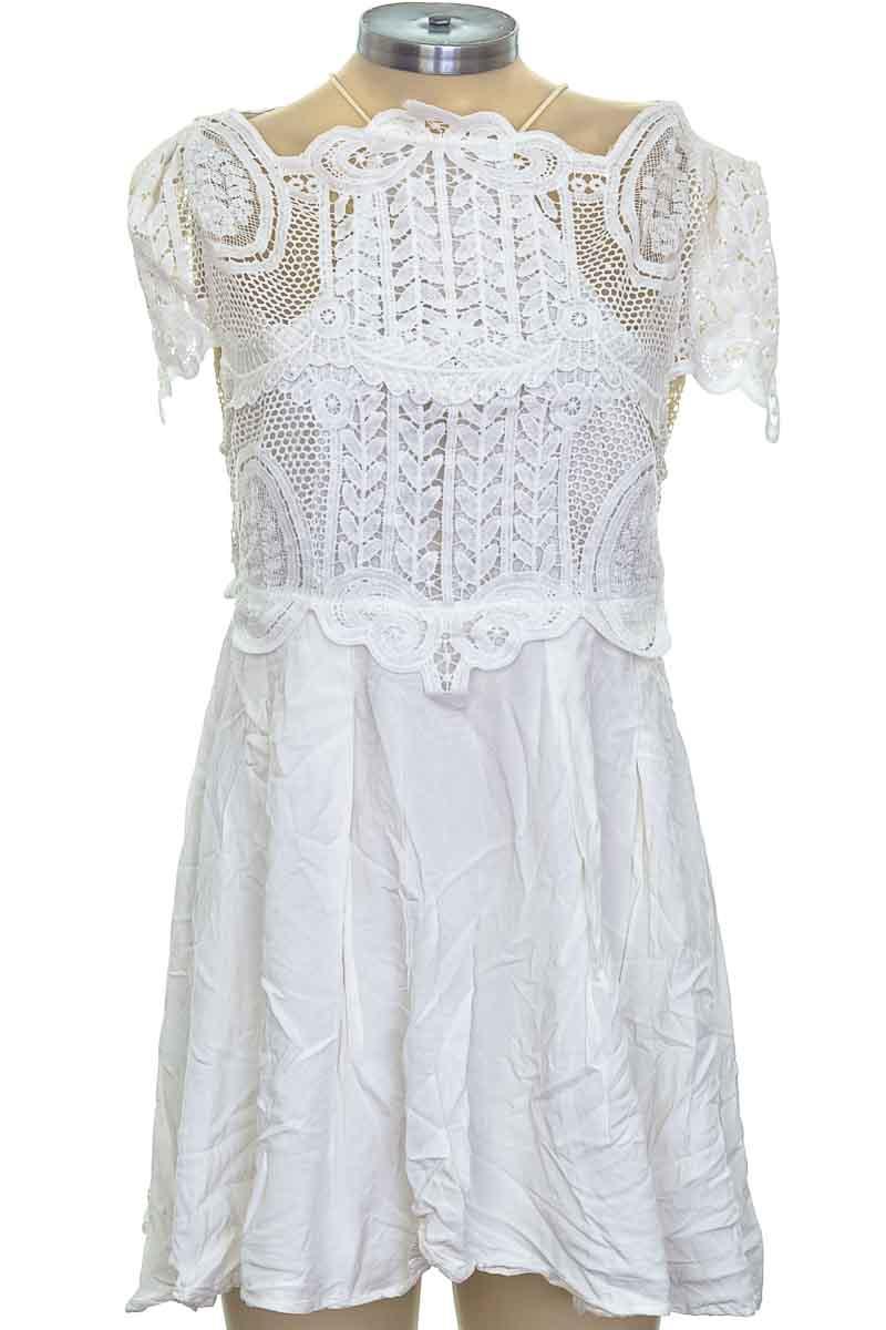 Vestido / Enterizo color Blanco - Passarella