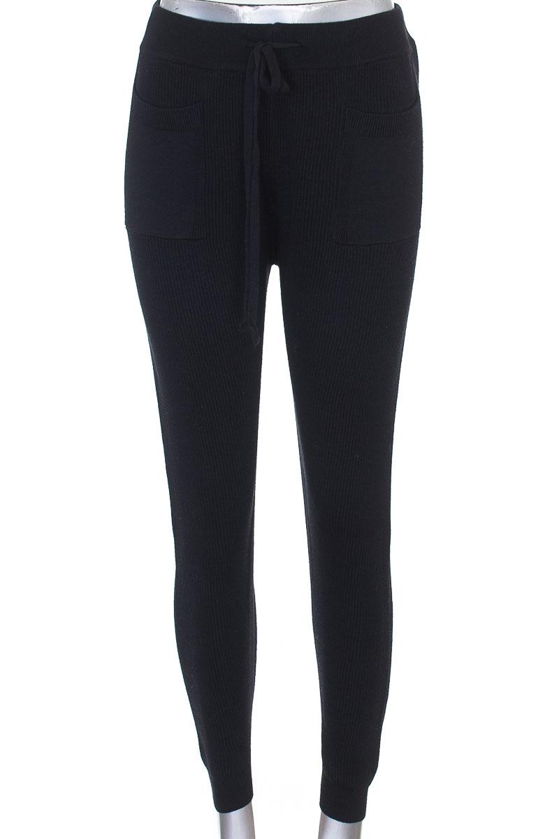 Pantalón color Negro - Zara