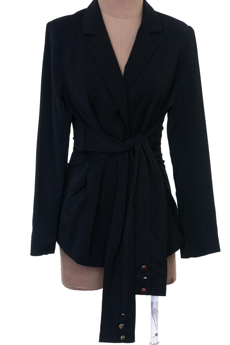 Chaqueta / Abrigo color Negro - Studio F