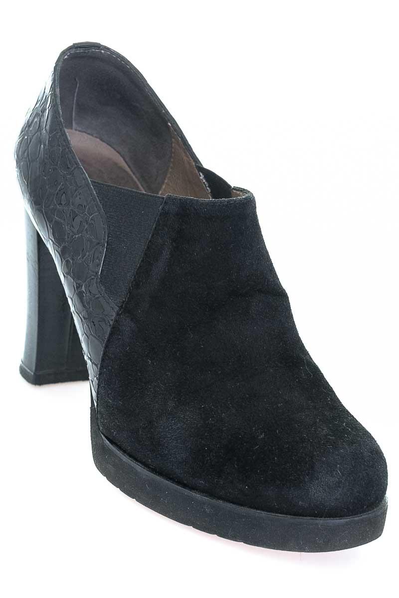 Zapatos color Negro - Extra Light