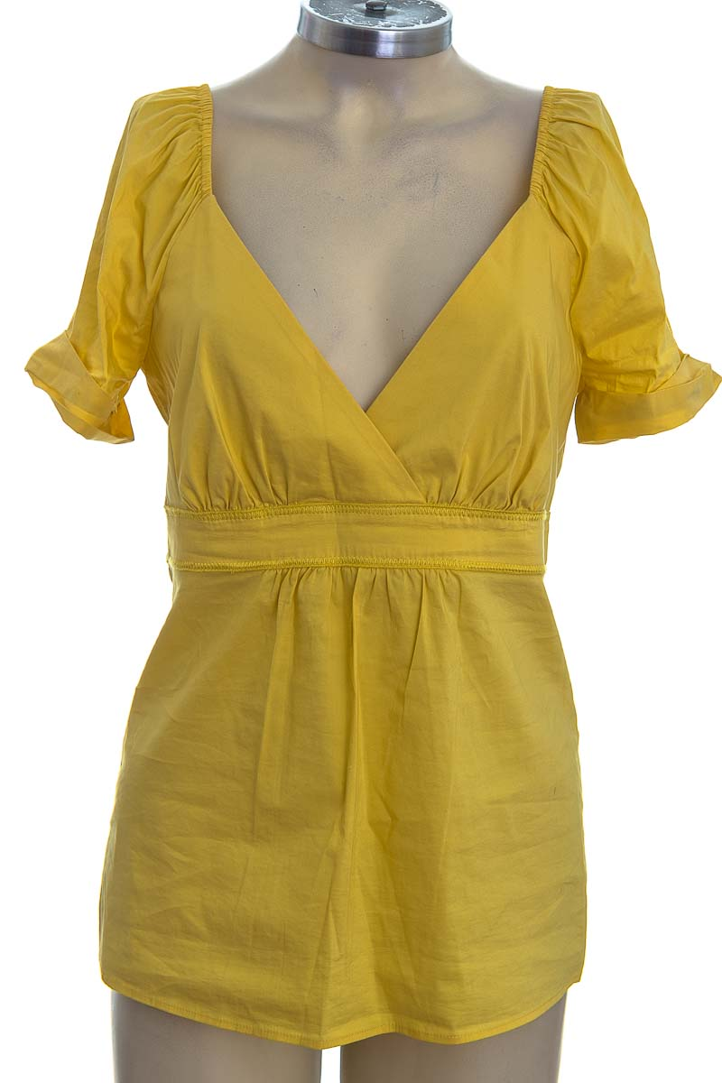 Blusa color Amarillo - BCBG