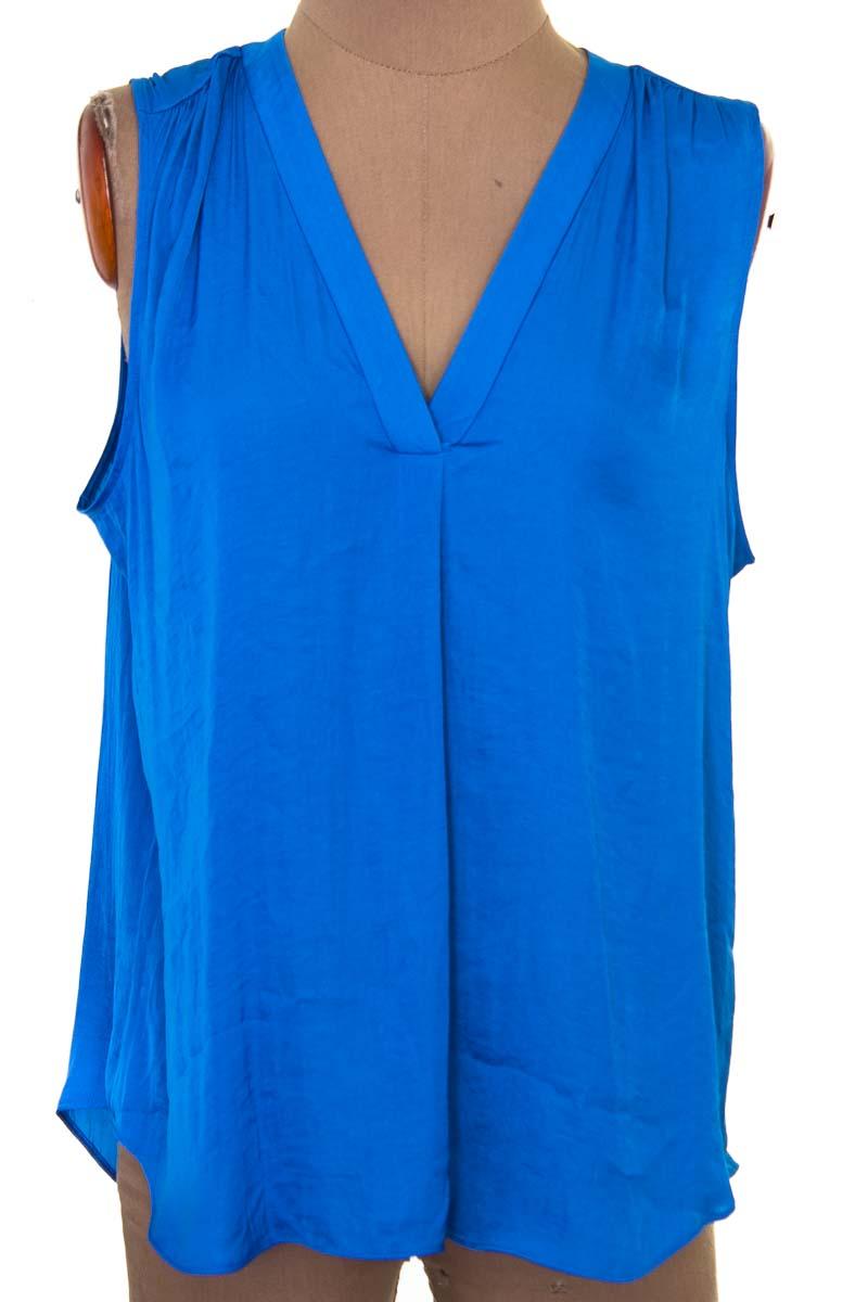 Blusa color Azul - Vince Camuto