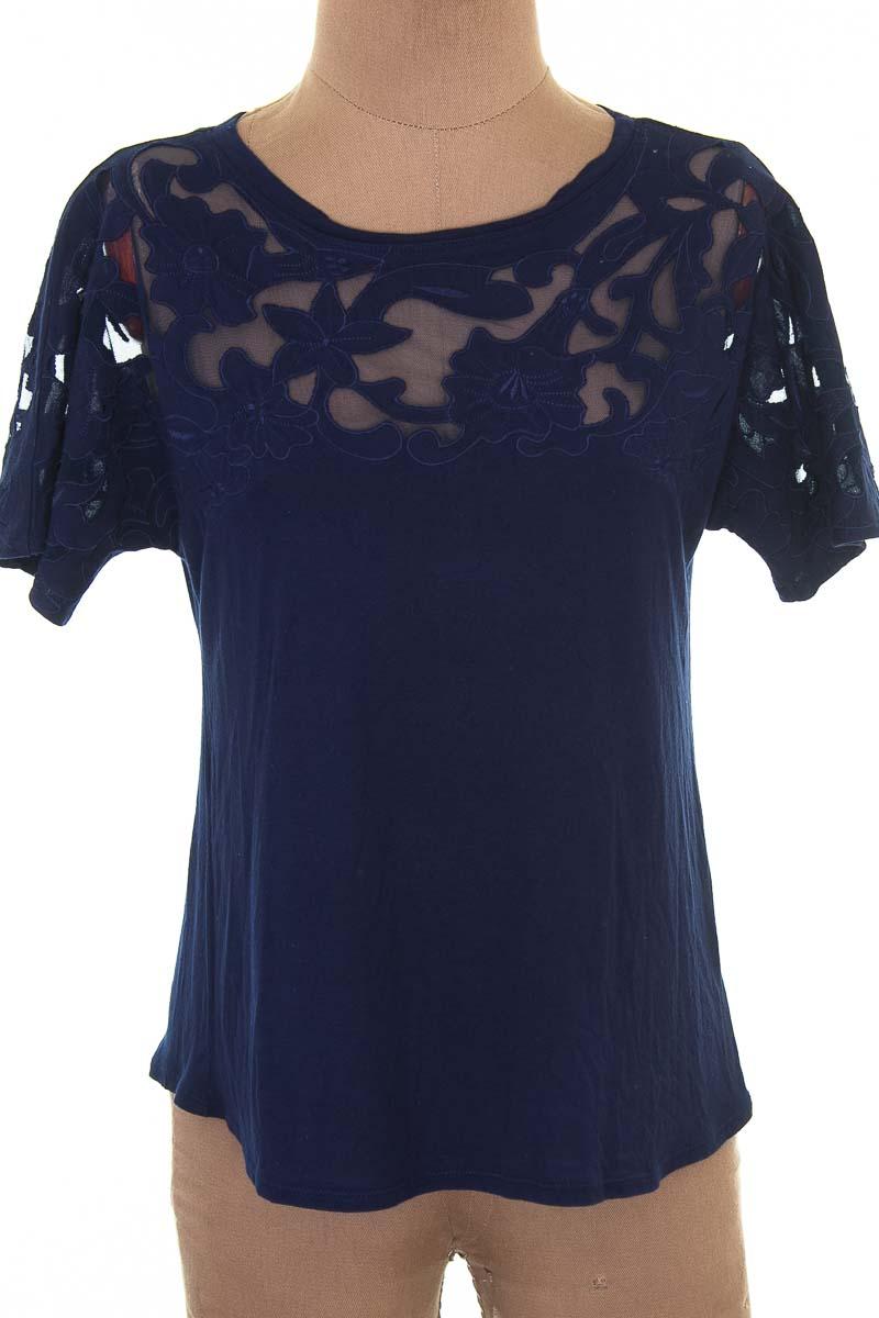 Top / Camiseta color Azul - Baraschi