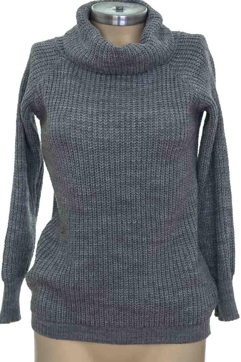 Sweater color Gris - Closeando