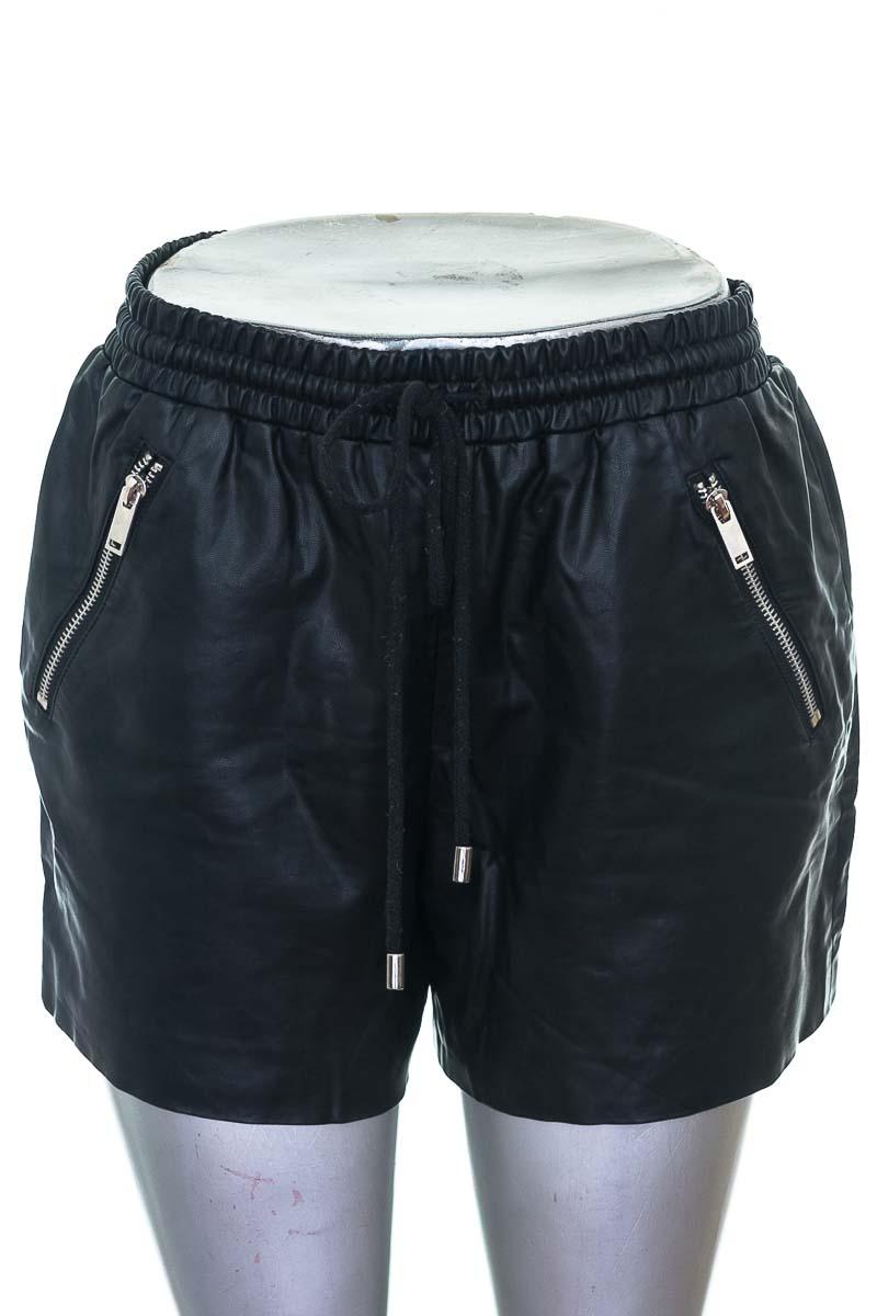 Conjunto Conjunto de Pantalón color Negro - Forever 21