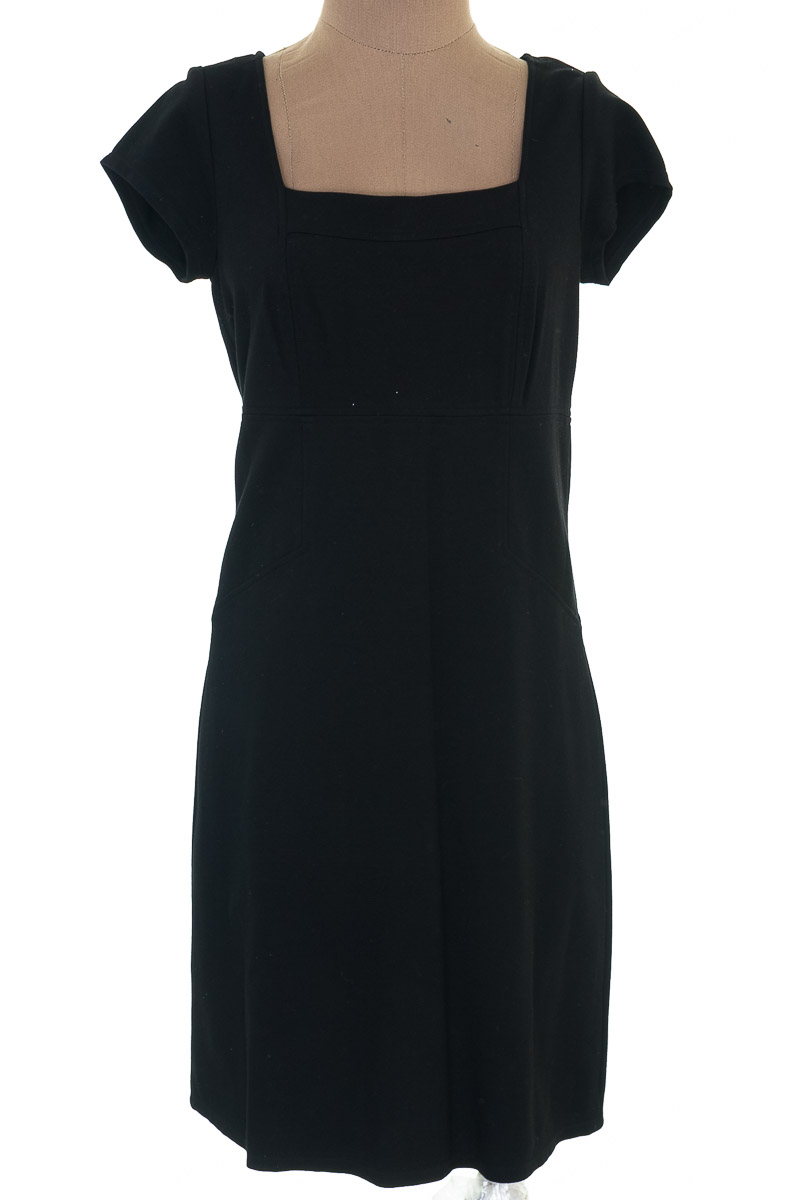 Vestido / Enterizo Casual color Negro - Ann Taylor