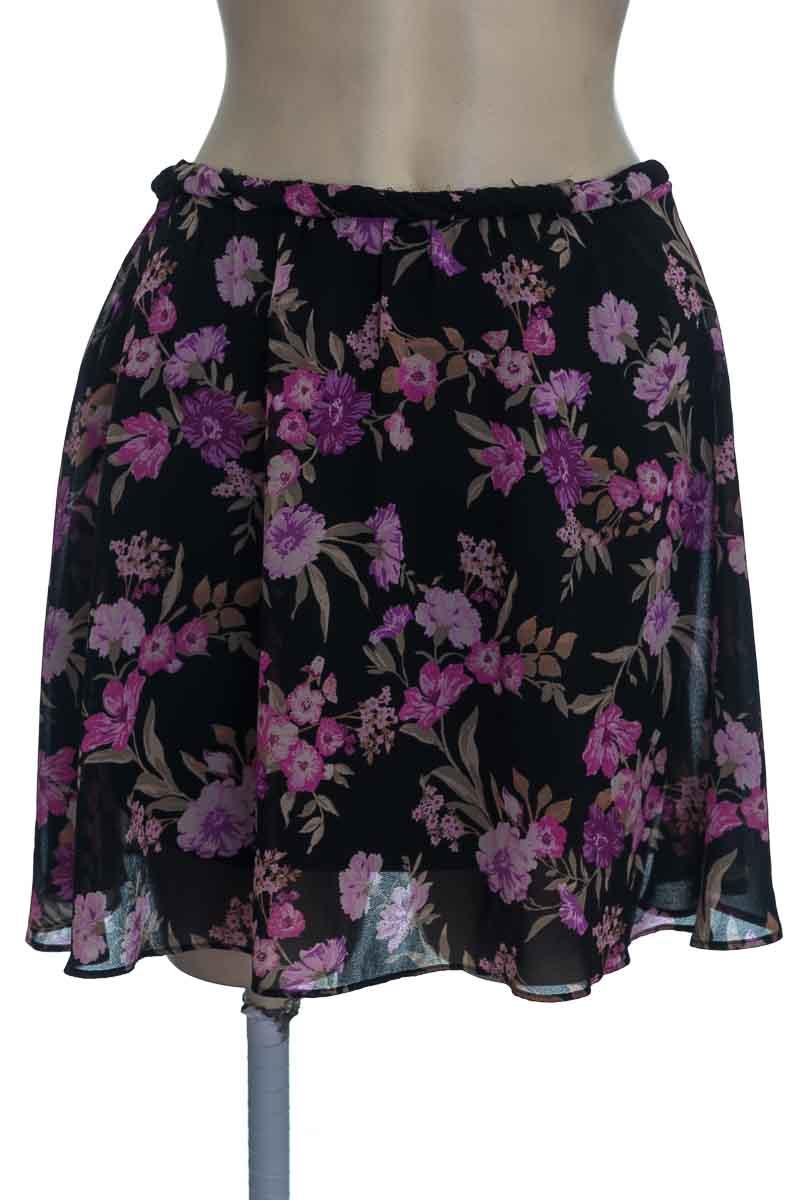 Falda color Negro - Closeando