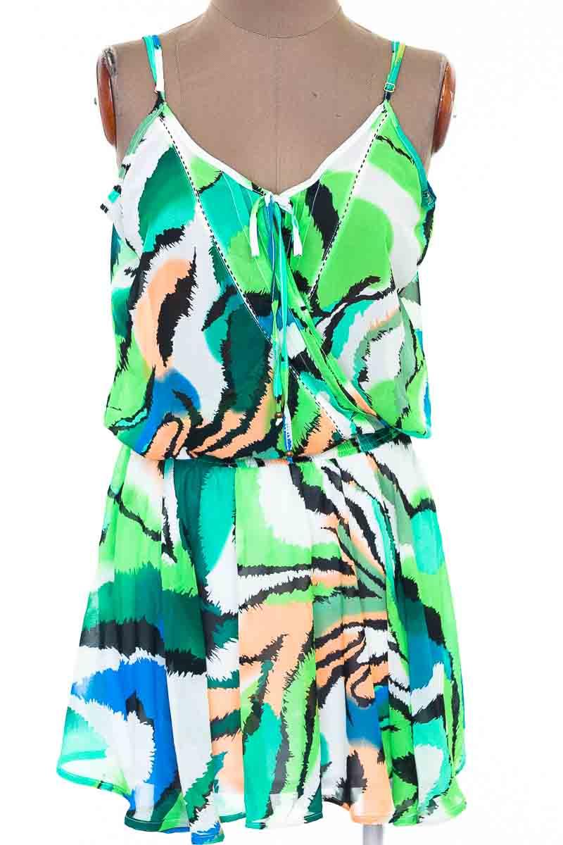 Vestido / Enterizo color Verde - Stric