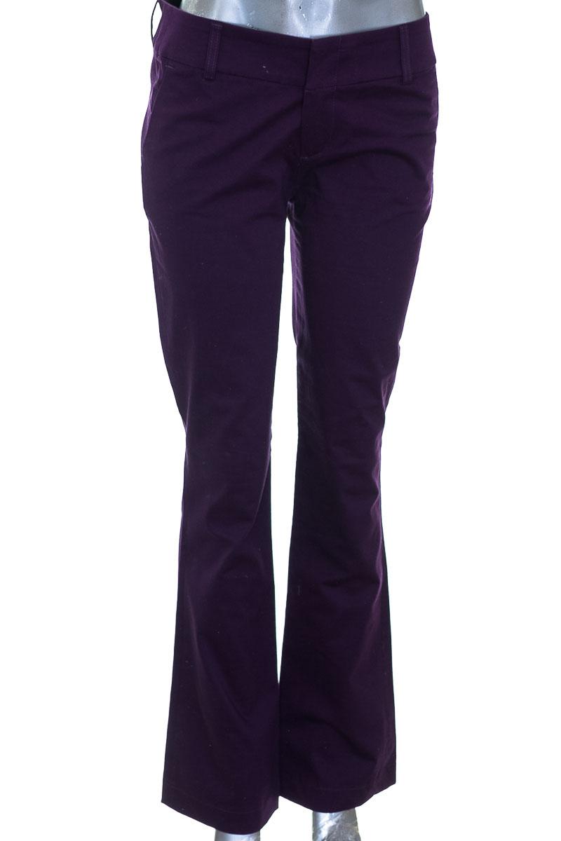 Pantalón color Morado - Esprit