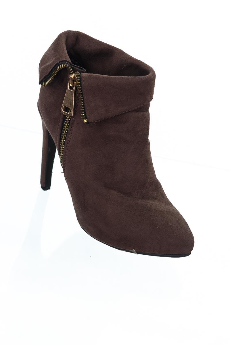 Zapatos color Café - Vía Spring