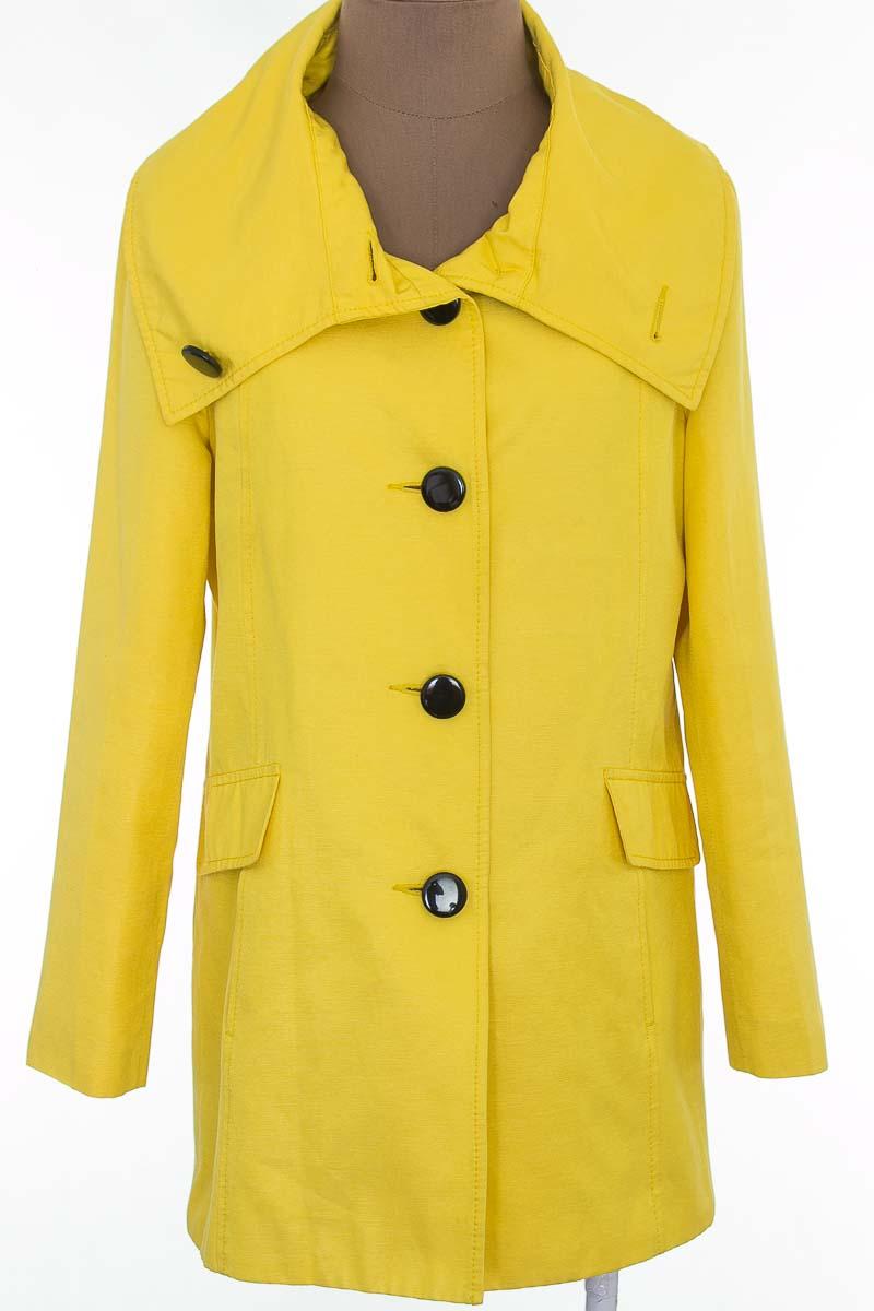 Chaqueta / Abrigo color Amarillo - H & M