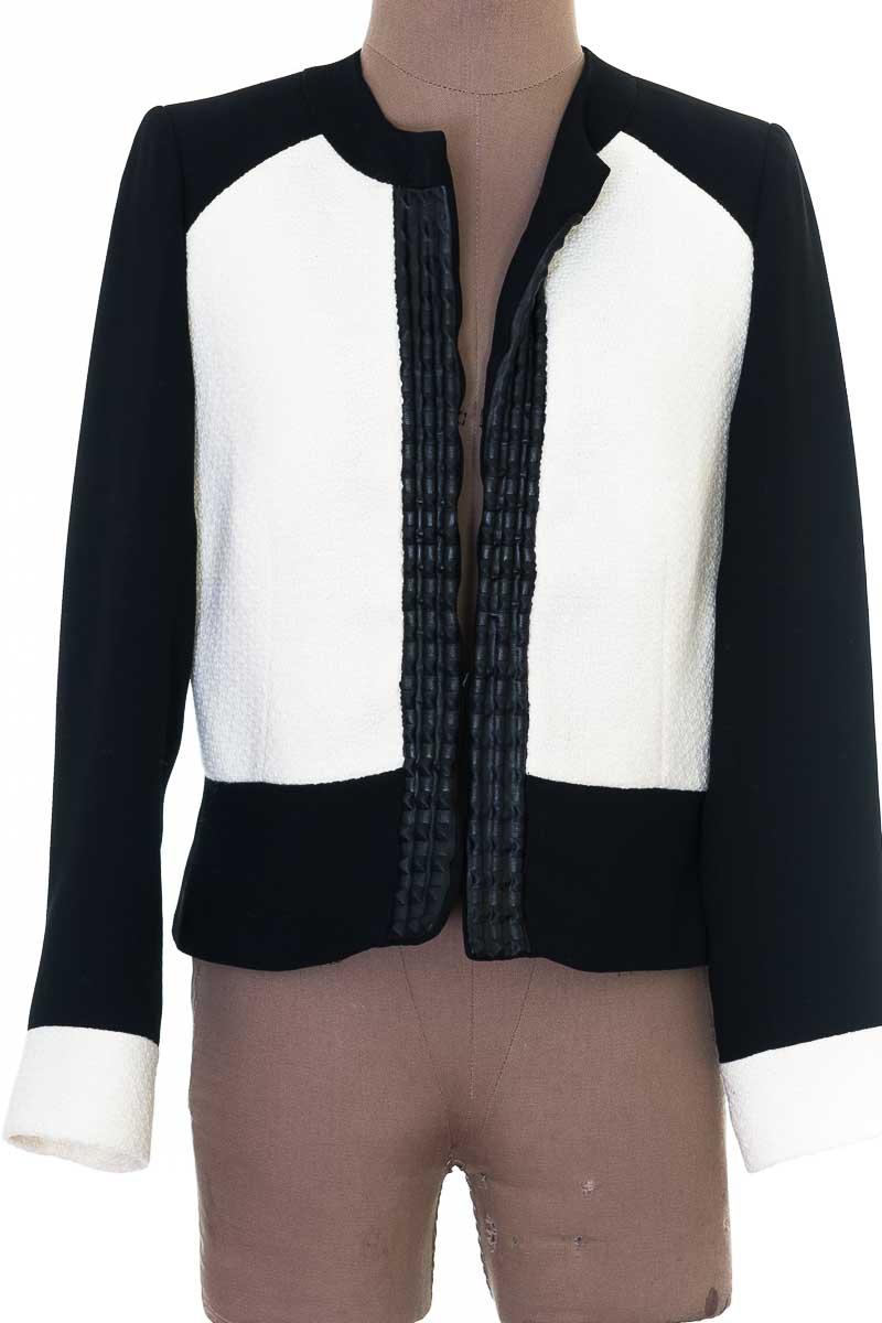 Chaqueta / Abrigo color Blanco - Cara Lotti