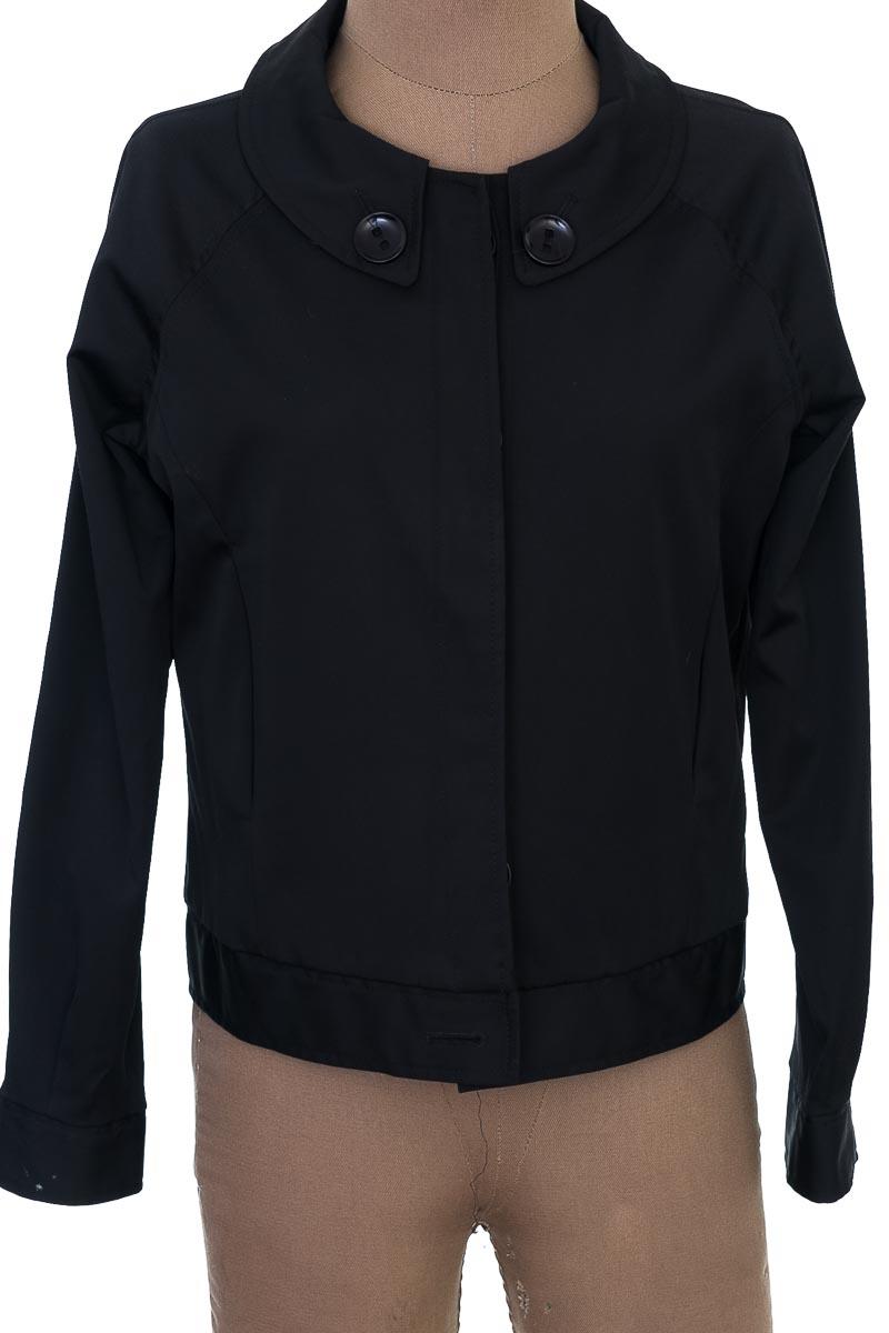 Chaqueta / Abrigo color Negro - Everfit