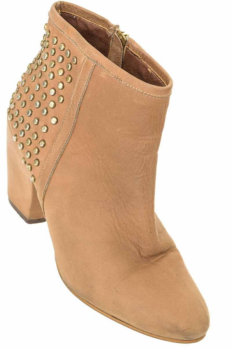 Zapatos color Beige - Basement