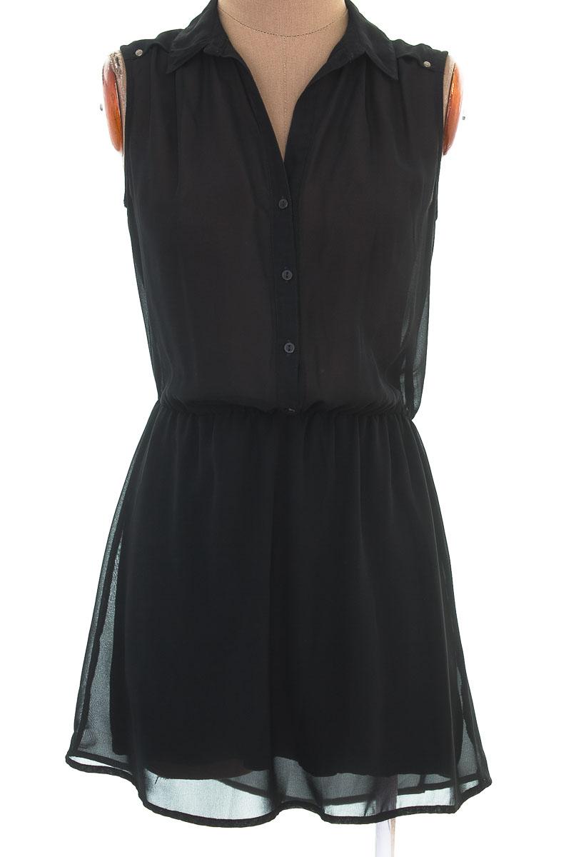 Vestido / Enterizo Casual color Negro - Rifle
