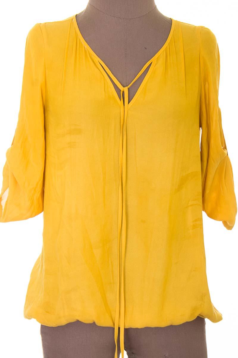 Blusa color Mostaza - Basement