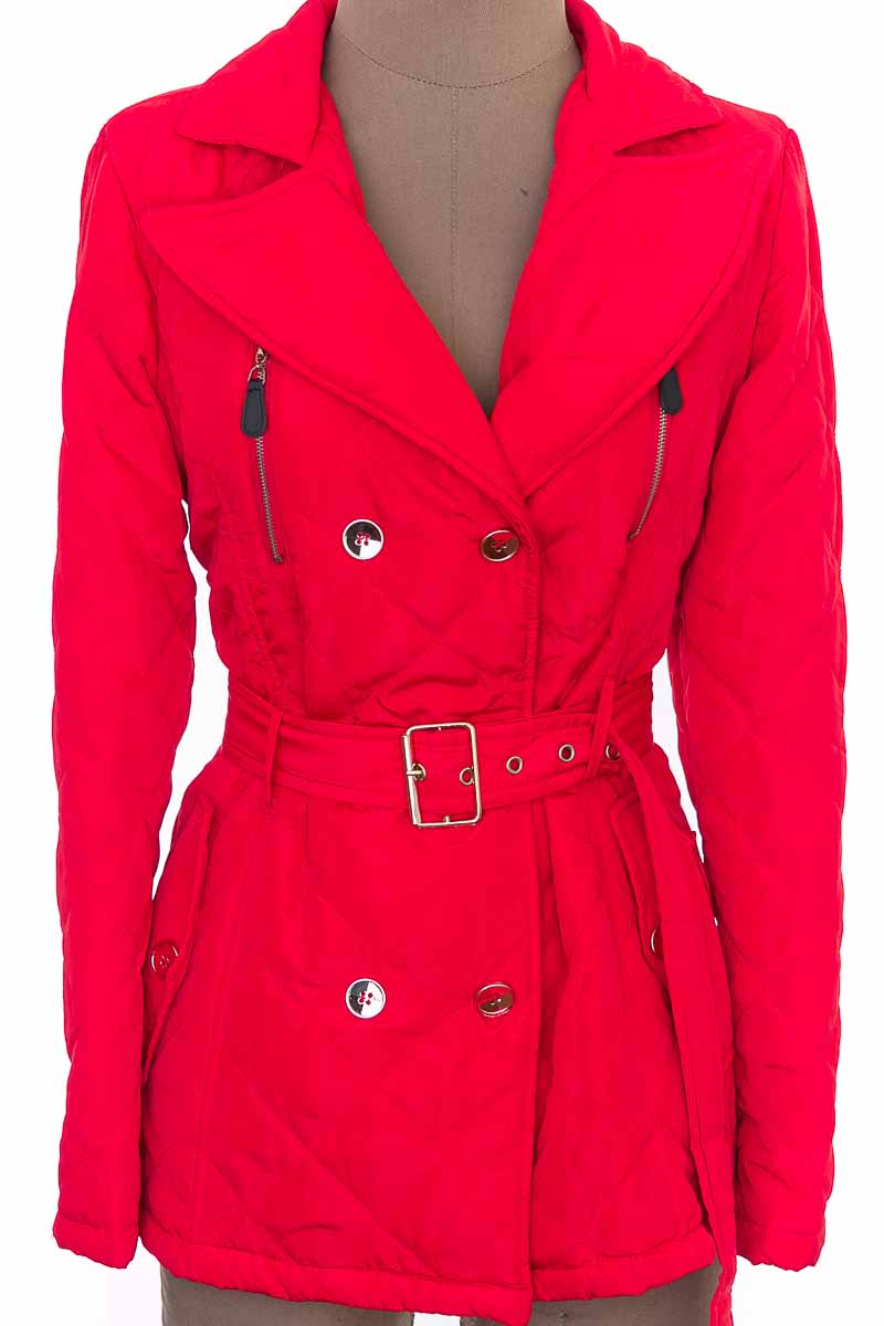 Chaqueta / Abrigo color Rojo - Naranka