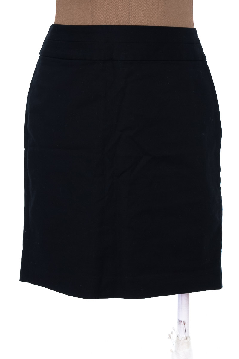 Falda Elegante color Negro - Banana Republic