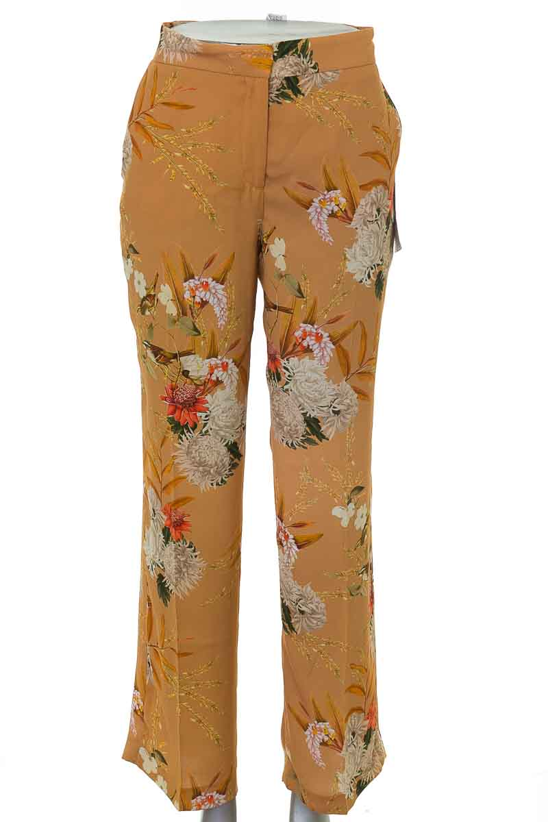 Pantalón Formal color Amarillo - Zara