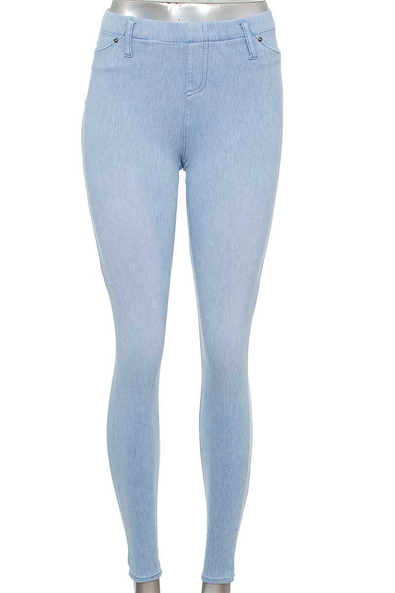 Pantalón color Azul - Closeando