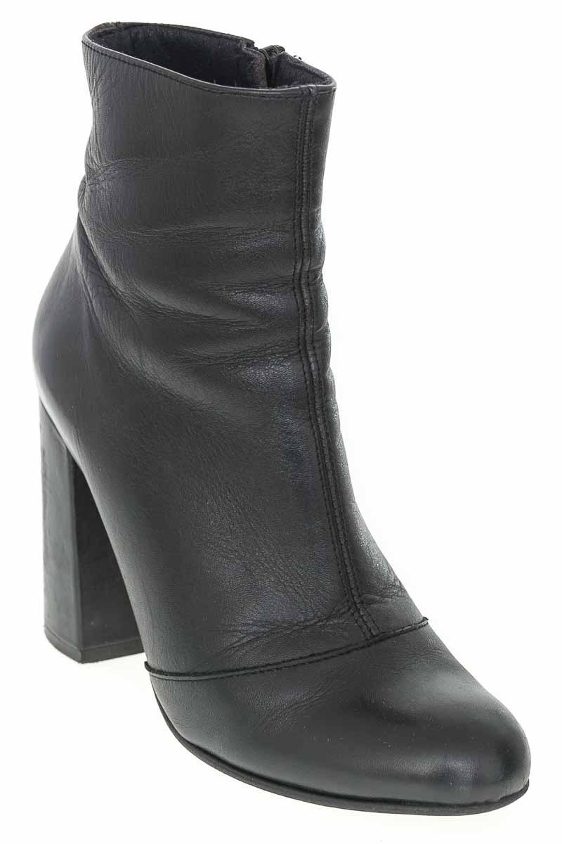 Zapatos Botín color Negro - Steve Madden