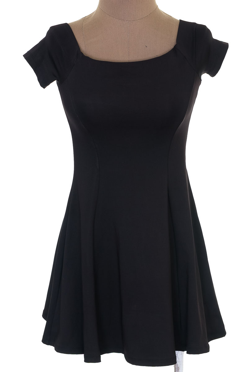 Vestido / Enterizo color Negro - Zara