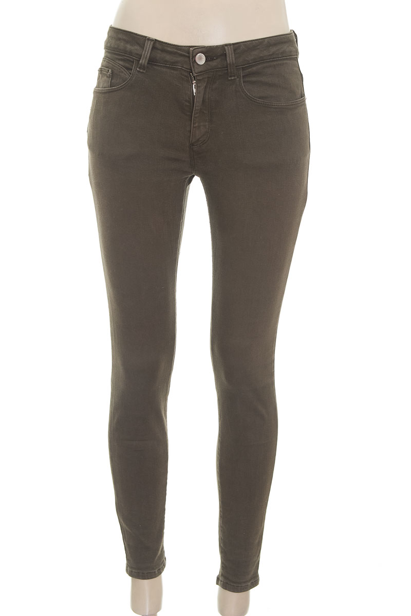 Pantalón color Verde - Zara