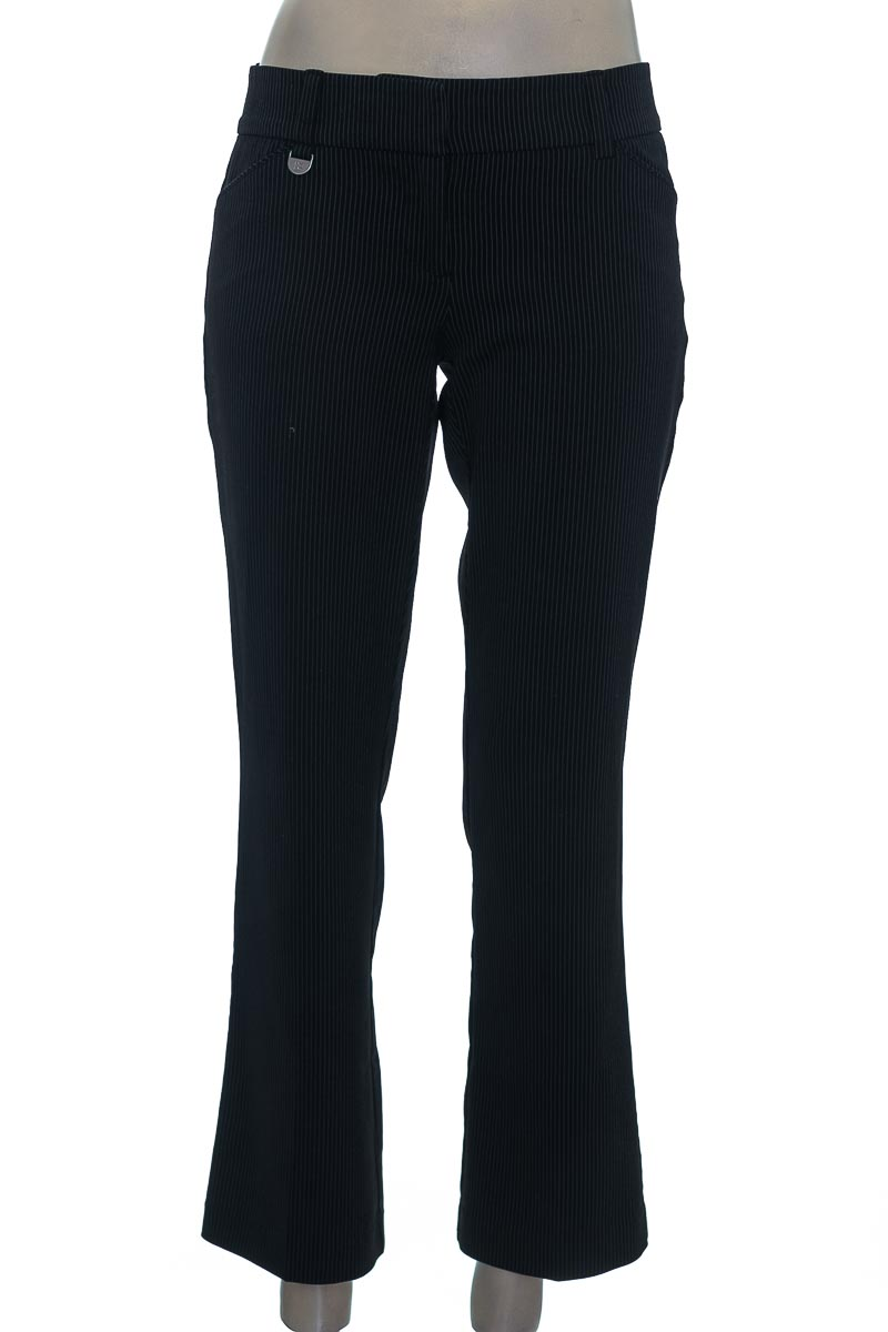 Pantalón color Negro - New York & Company