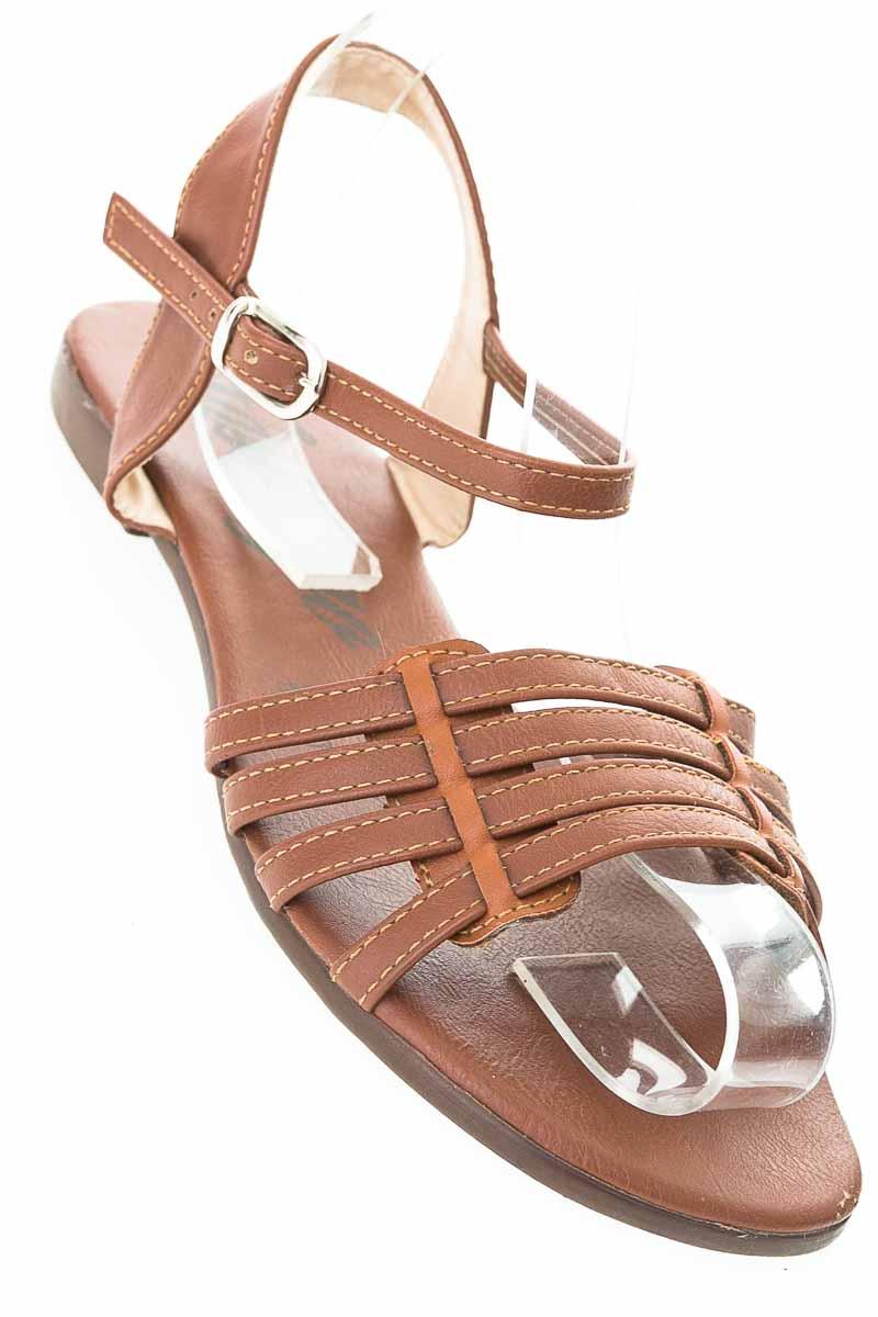 Zapatos Baleta color Café - Closeando