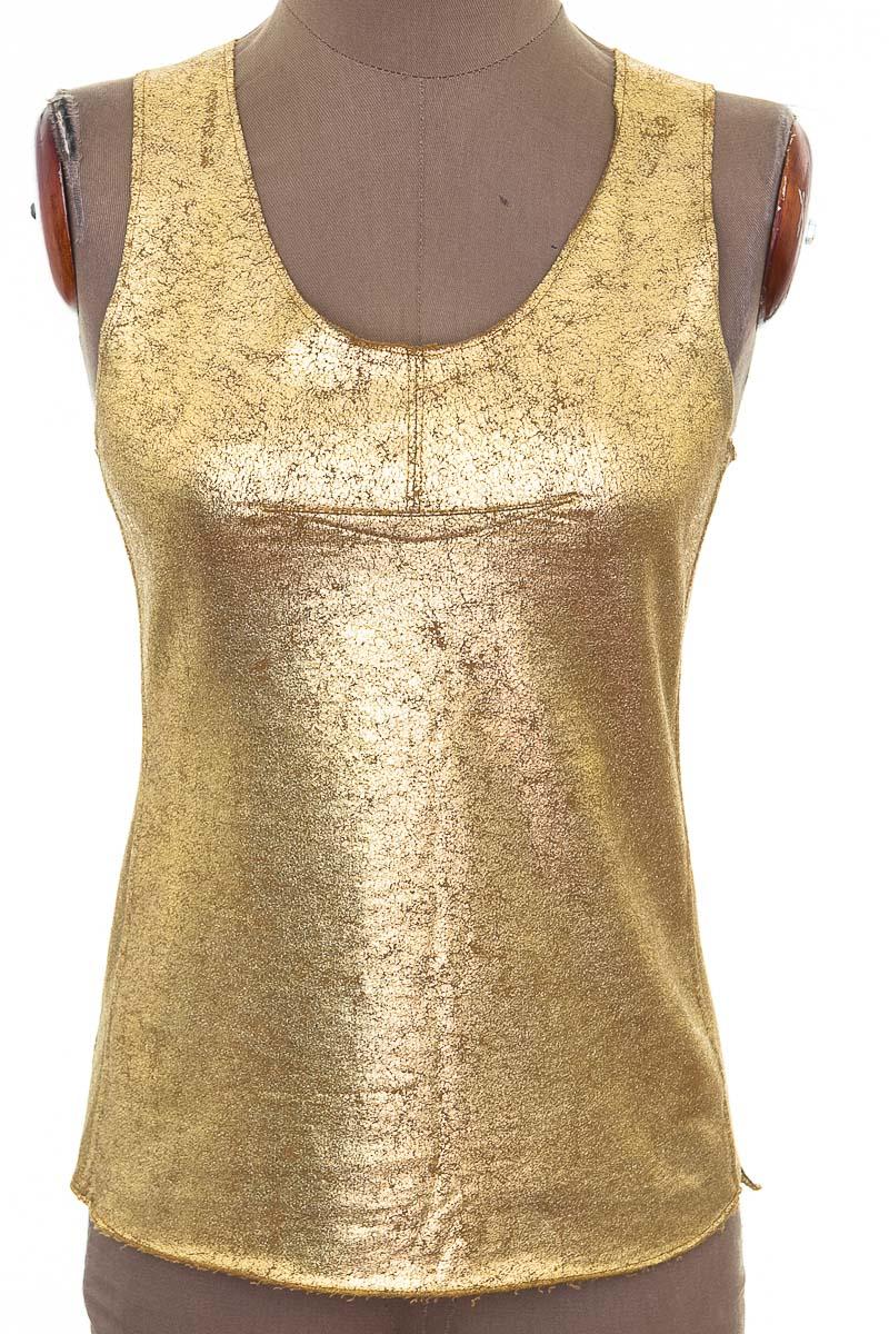 Top / Camiseta color Dorado - BCBG