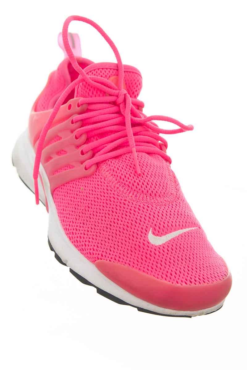 Zapatos color Fucsia - Nike