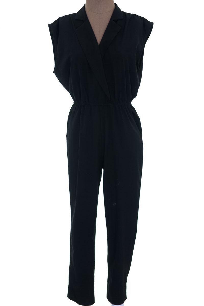 Vestido / Enterizo Enterizo color Negro - Mono B