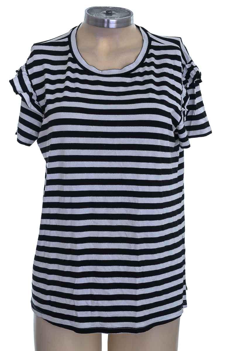 Top / Camiseta color Negro - Chevignon