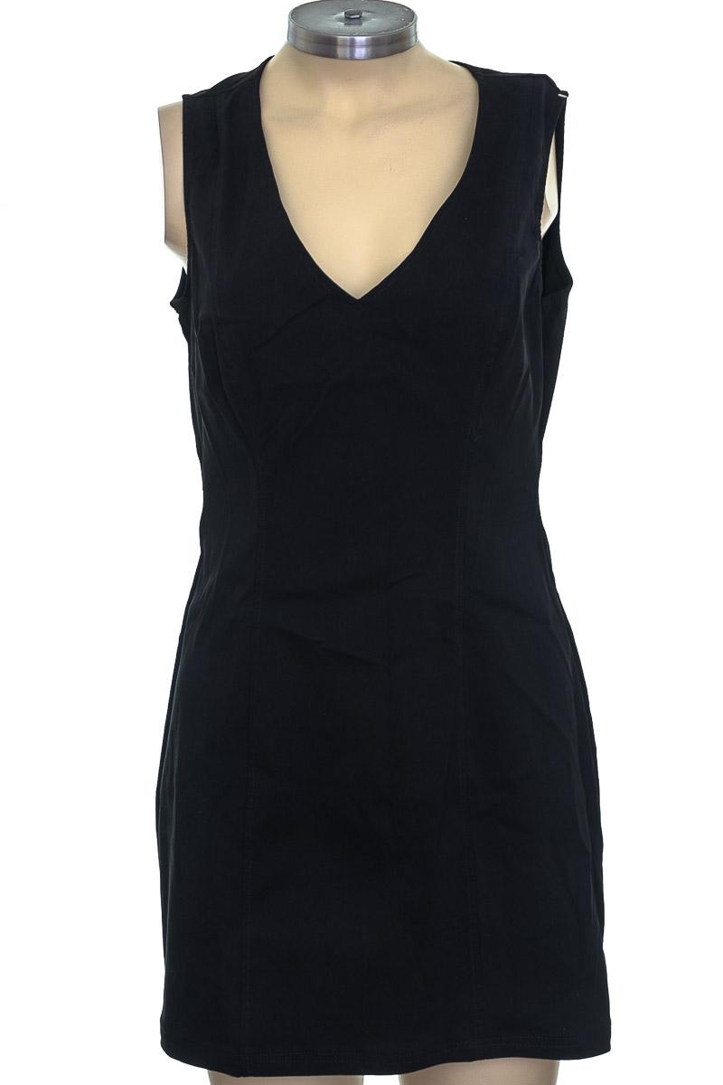 Vestido / Enterizo color Negro - RAGGED