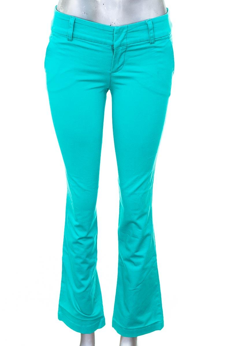 Pantalón color Verde - Esprit