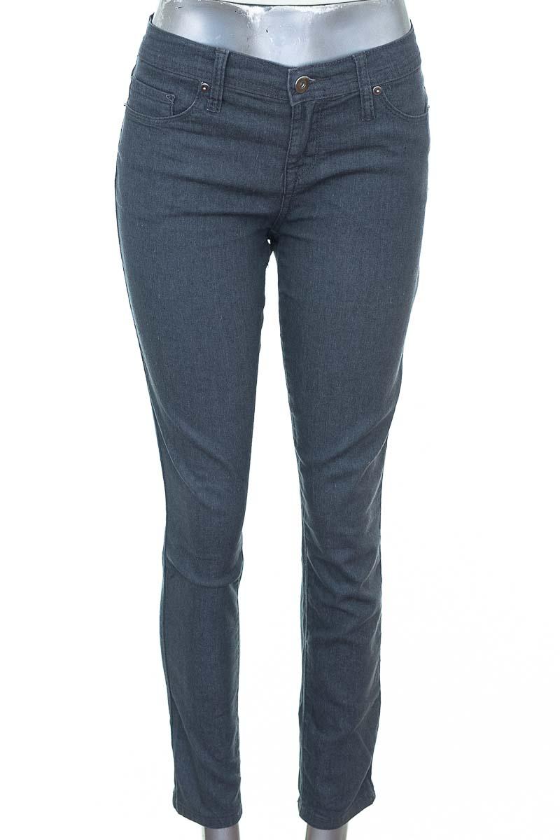 Pantalón Jeans color Gris - Forever 21