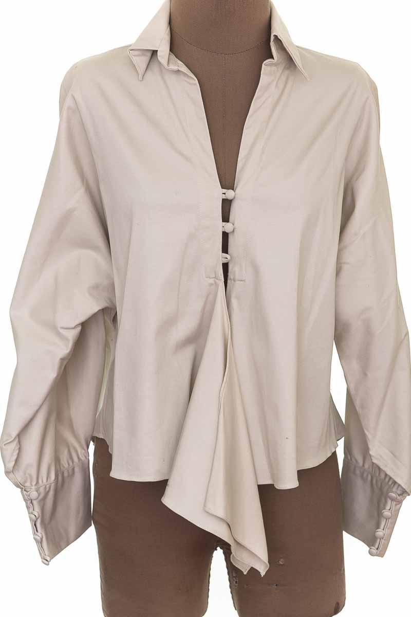 Blusa color Beige - Goretty Medina