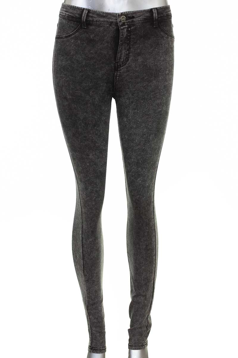 Pantalón color Gris - Zara