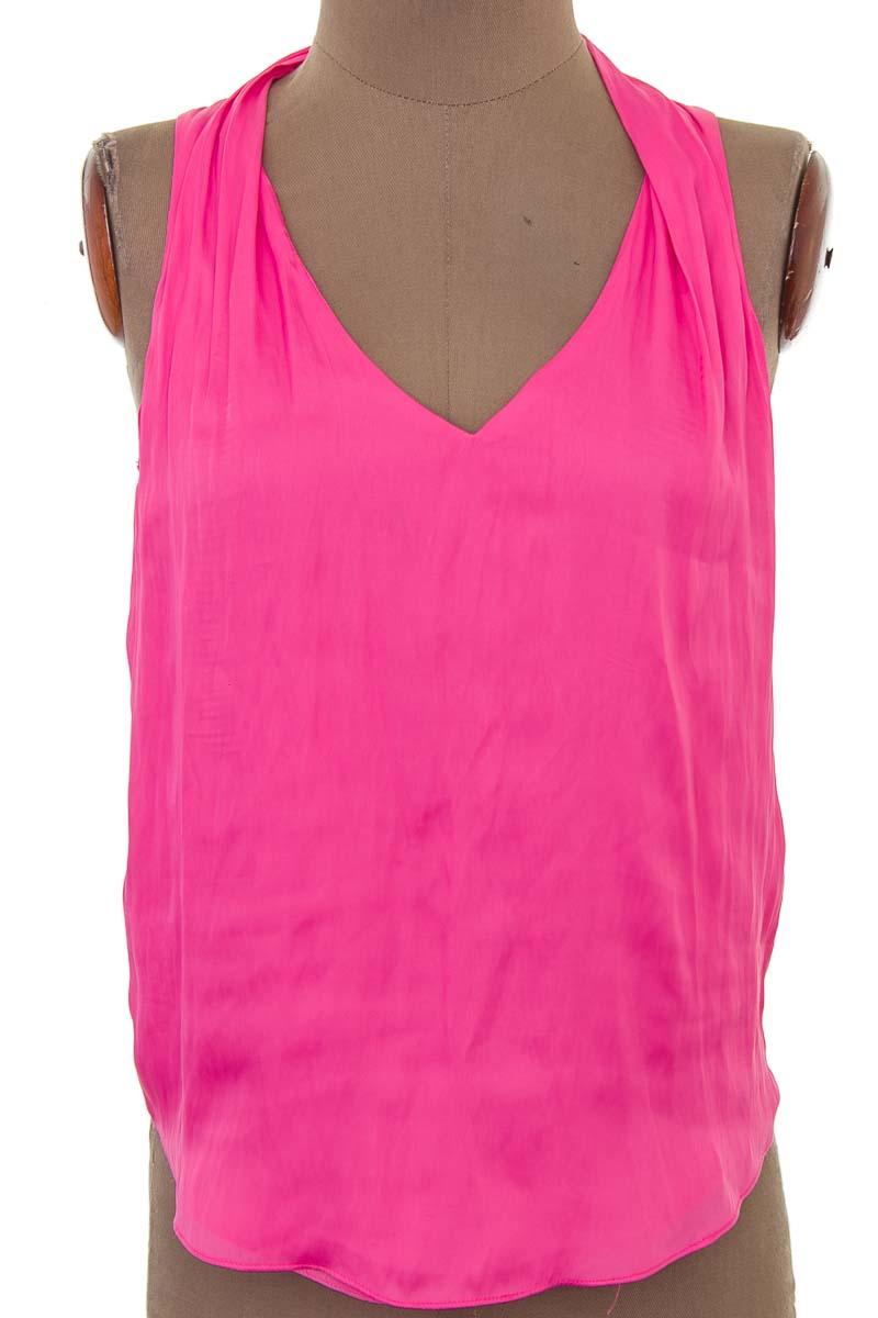 Top / Camiseta color Rosado - Zara