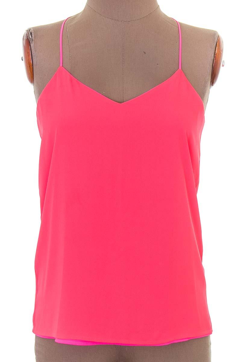 Top / Camiseta color Fucsia - Closeando