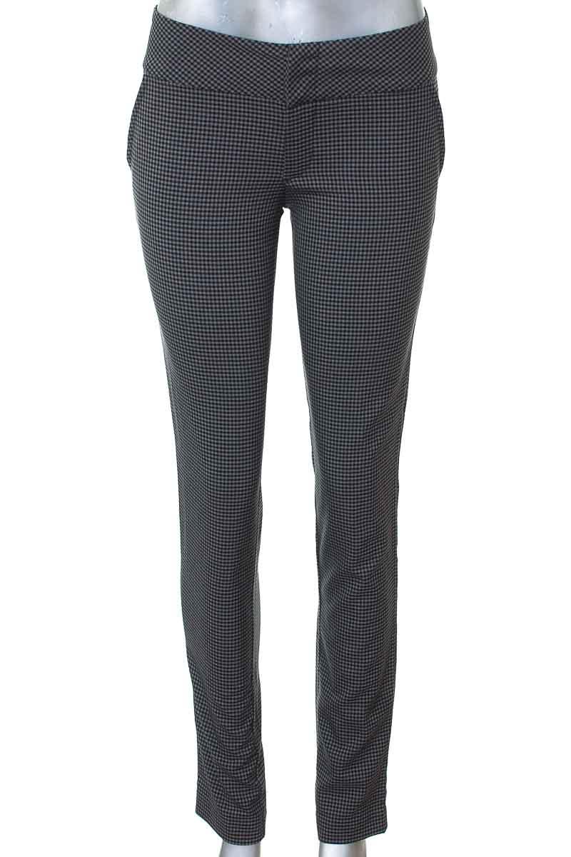 Pantalón Casual color Negro - RAGGED