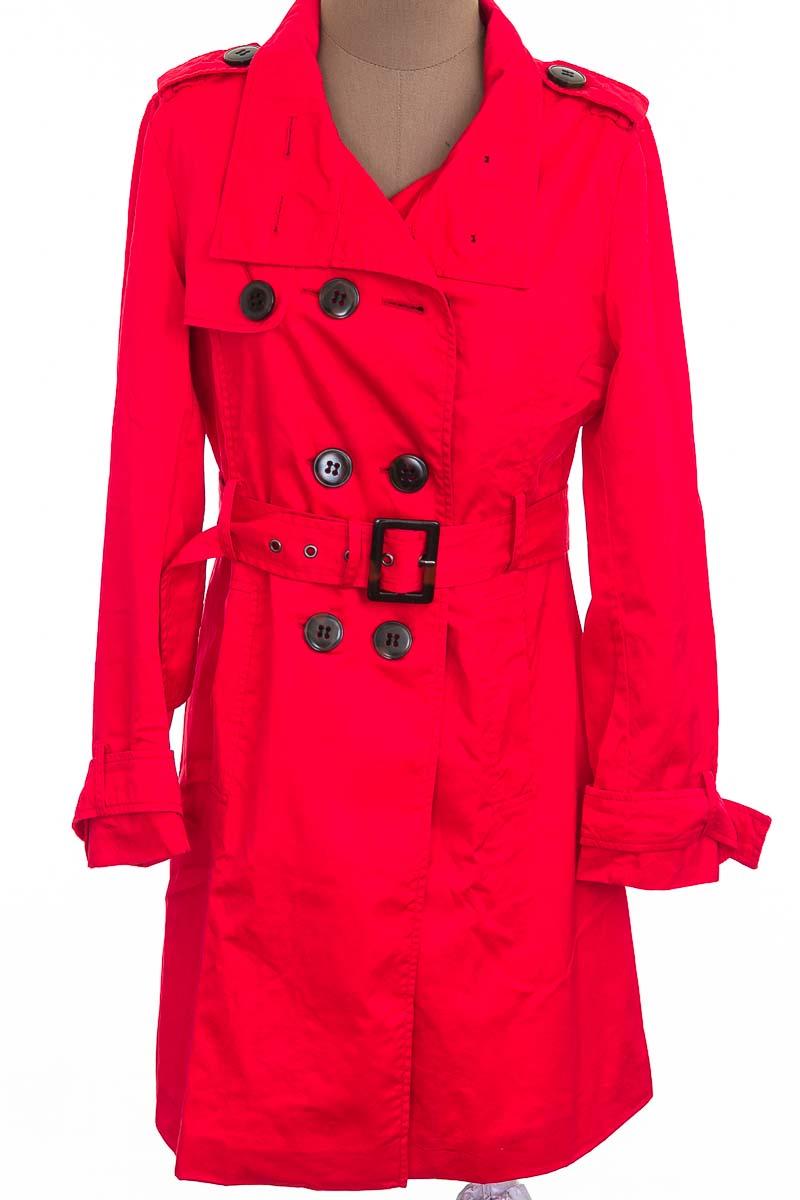 Chaqueta / Abrigo color Rojo - Basement