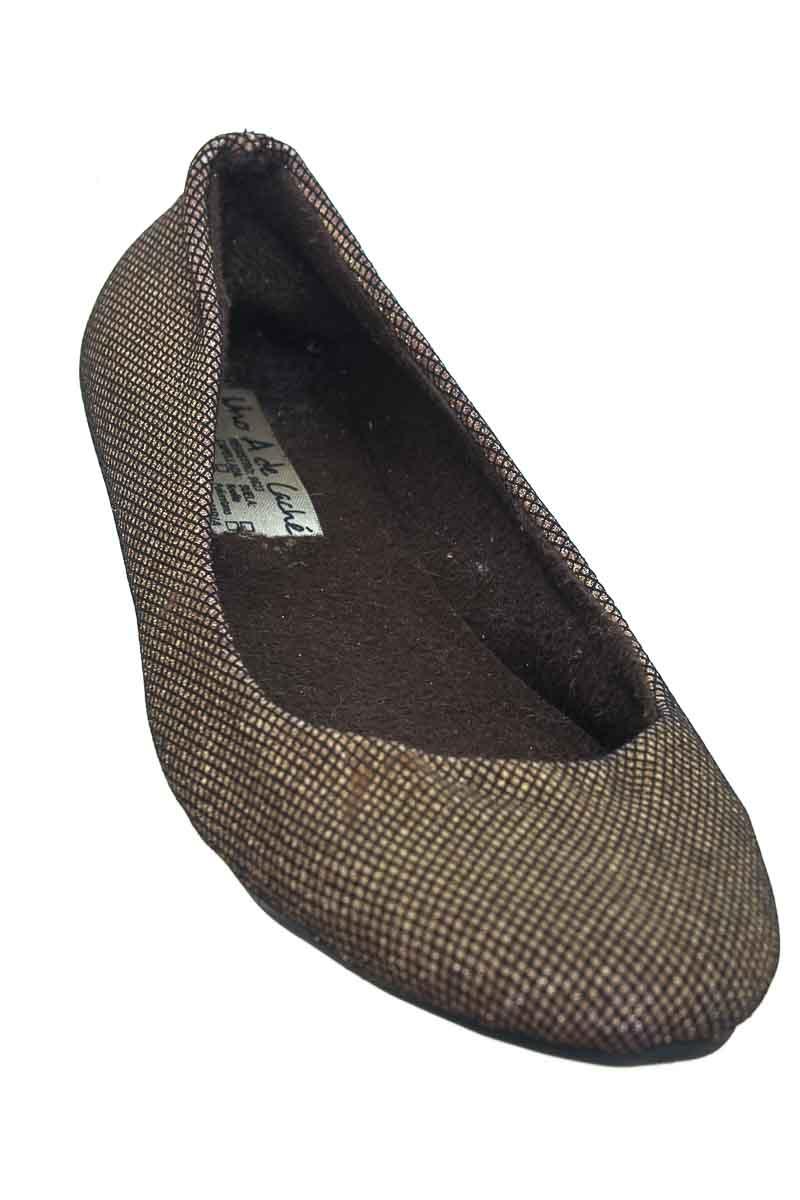 Zapatos color Plateado - Uno A De Cache