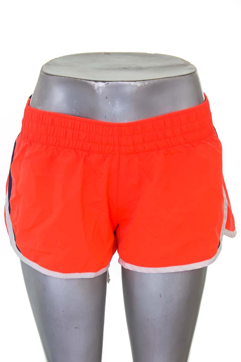 Ropa Deportiva / Salida de Baño color Naranja - Nike