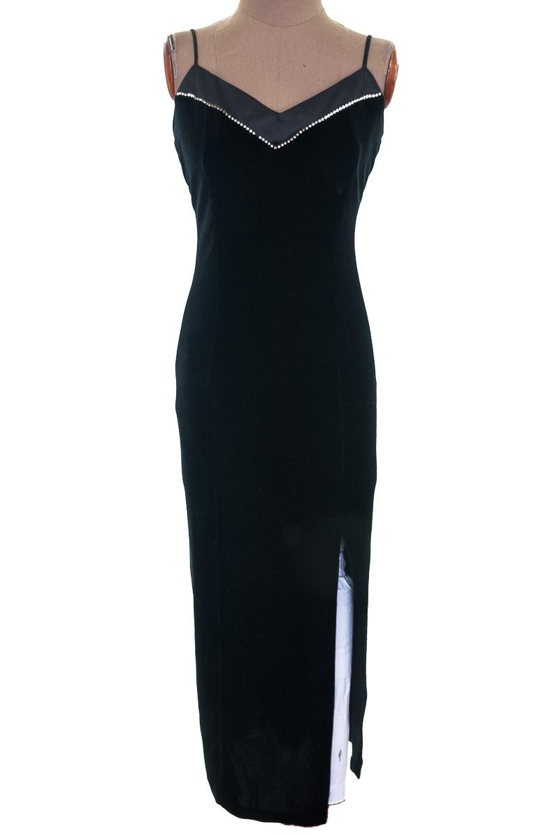 Vestido / Enterizo color Negro - DOLLAR