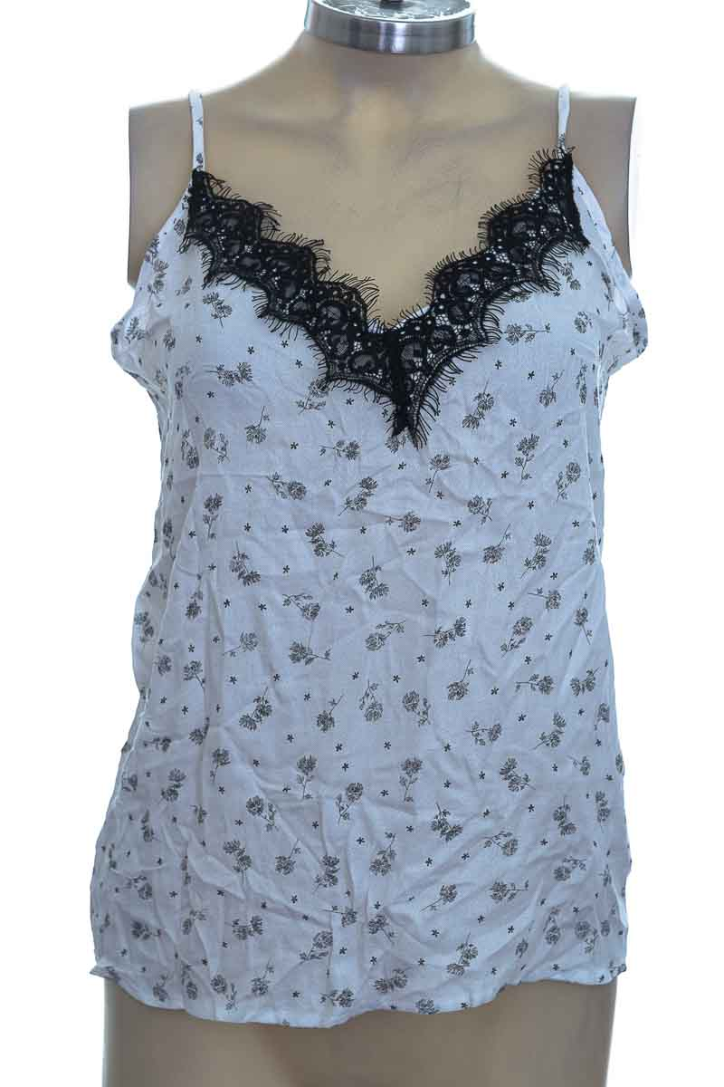 Top / Camiseta color Blanco - Leonisa