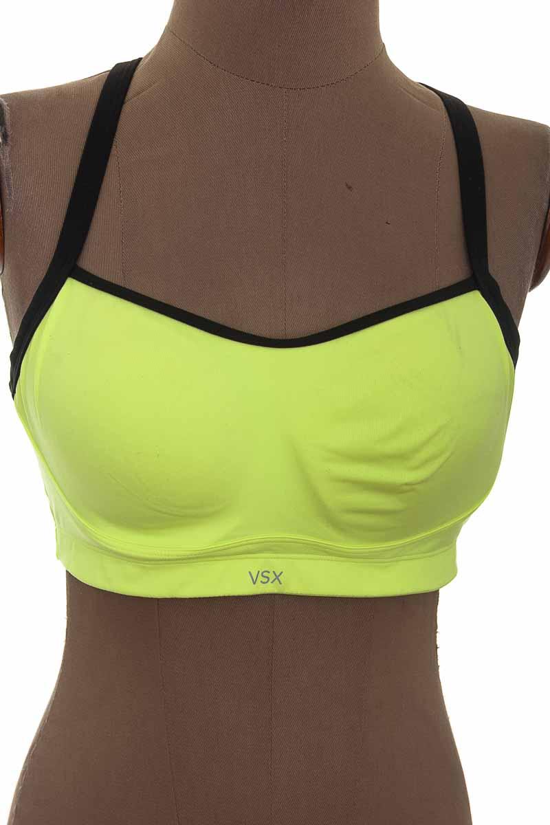 Ropa Deportiva / Salida de Baño Camiseta color Verde - VSX