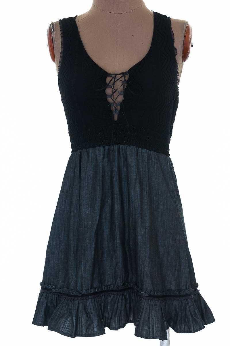 Vestido / Enterizo color Negro - Pìnk