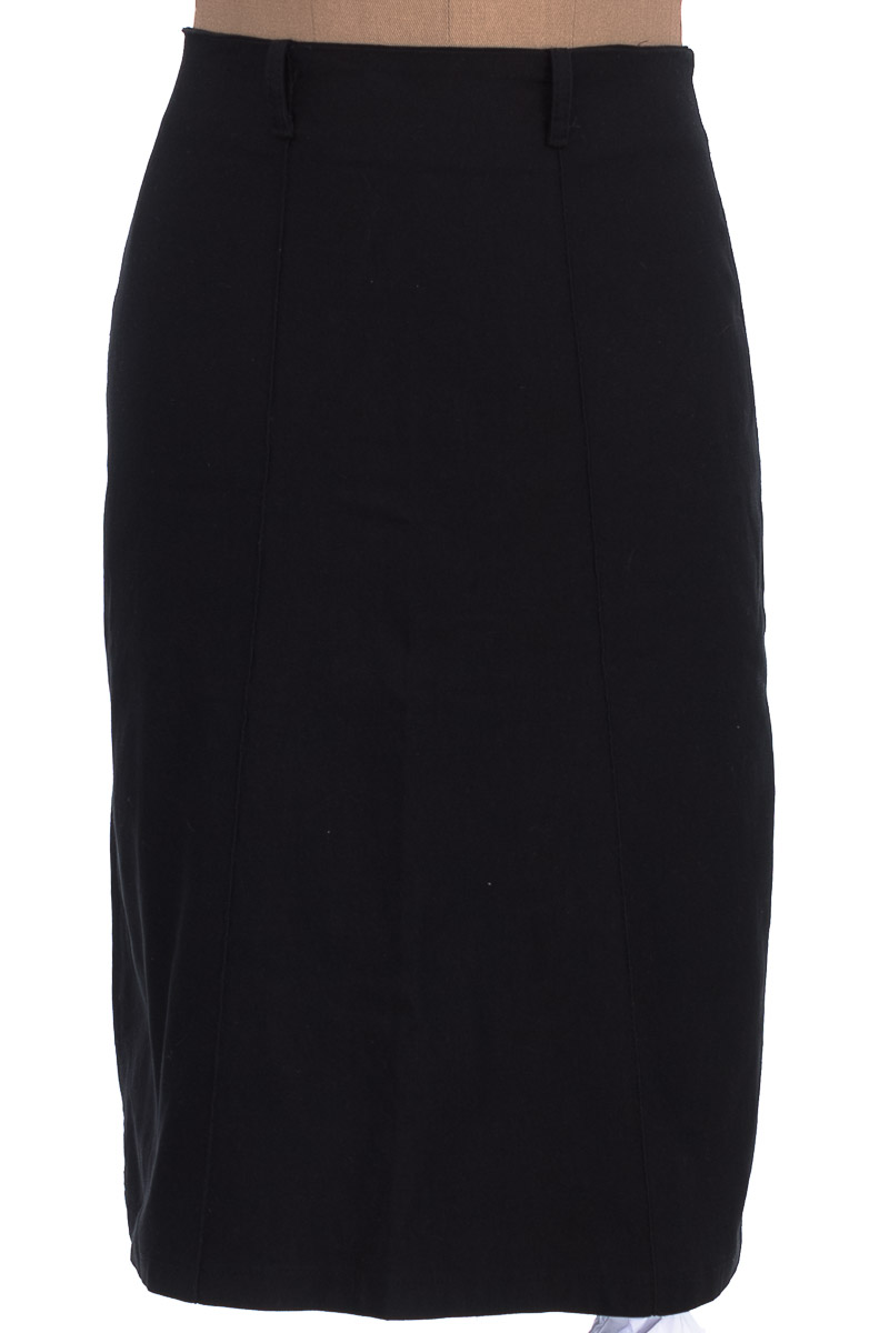 Falda Elegante color Negro - OXSA